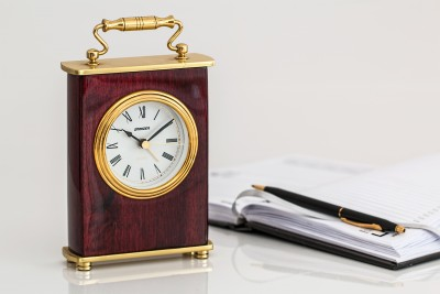 carriage-clock-timepiece-time-minutes (1)